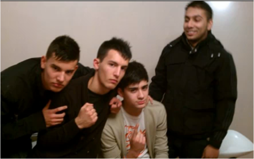 Zayn looking sexy wiv his mates x