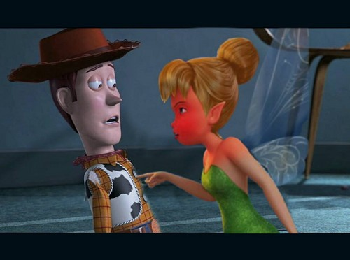 Disney crossover karatasi la kupamba ukuta called woody and Tinker Bell