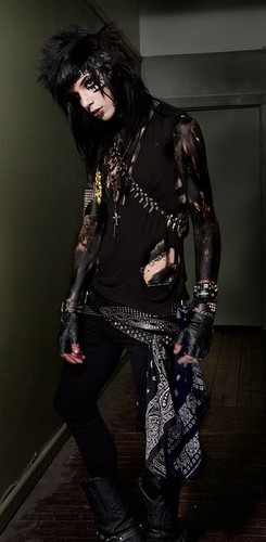*^*Sexy in the hall*^*