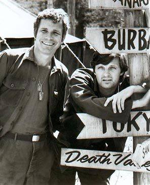 Alan Alda and Wayne Rogers