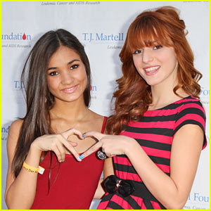 Bella thorne is awesome and so is Pia Mia