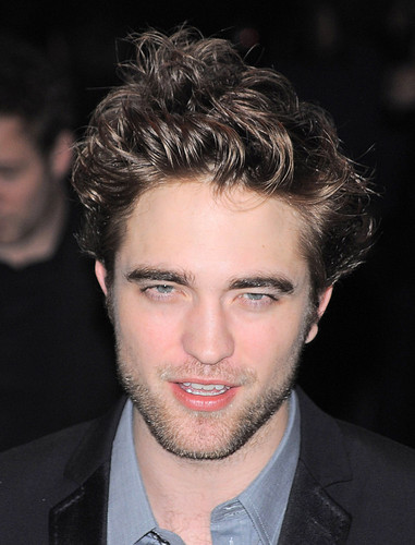 Blast From The Past: Robert Pattinson HQ Pictures from New Moon New York City Event (2009)
