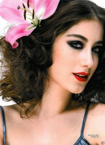 Turkish Actors and Actresses images Hazal Kaya wallpaper and background photos