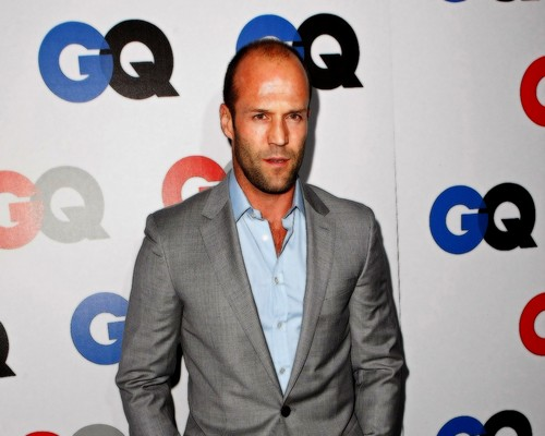 Jason Statham karatasi la kupamba ukuta containing a business suit, a suit, and a three piece suit titled Jason Statham
