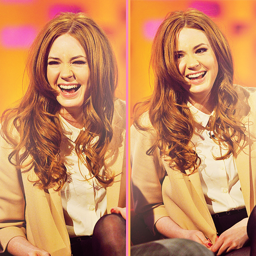 Karen Gillan on The Graham Norton ipakita 6/1/12