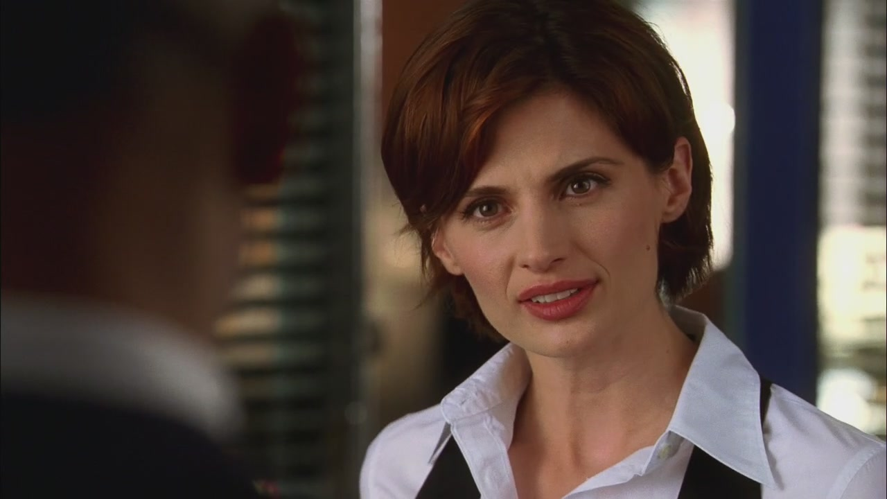 Kate Beckett - 1x01 - Flowers for your Grave