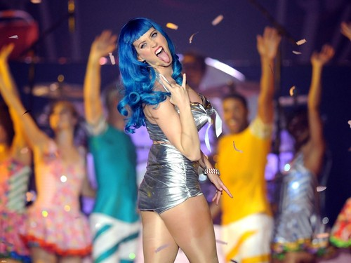 Katy Perry kertas dinding possibly with a leotard, a bustier, and tights called Katy