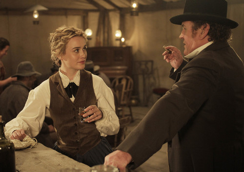 Lily campana, bell and Thomas Durant in Episode 9