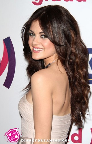 Lucy Hale wallpaper containing a portrait entitled Lucy Hale