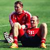 FC Bayern Munich photo entitled Manu and Arjen.