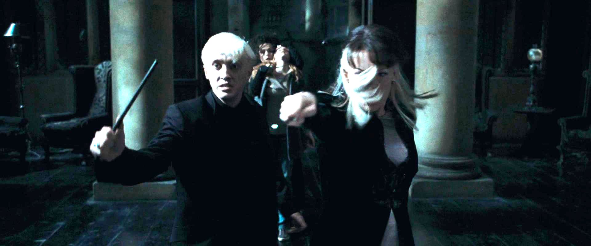 Narcissa and Draco Malfoy with Bellatrix - Narcissa Malfoy ...