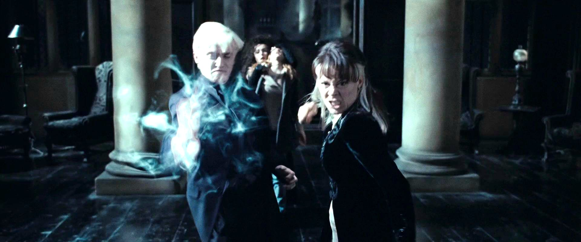 Narcissa nad Draco Malfoy with Bellatrix and Hermione ...