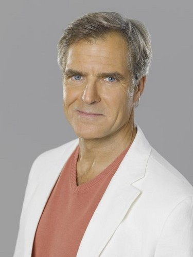 Revenge wallpaper possibly with a portrait called New Cast Promotional Photos - Henry Czerny