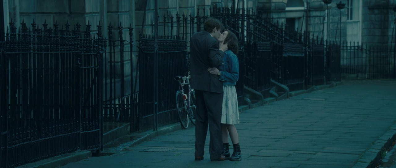 One Day - One Day (2011 movie) Image (28153796) - Fanpop Anne Hathaway Facebook