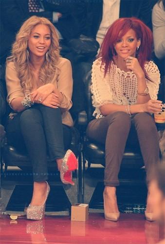 Rihanna & Beyoncé