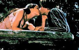 Romeo & Juliet mga litrato