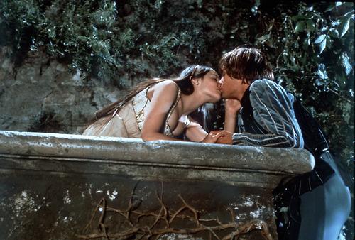 Romeo & Juliet 照片