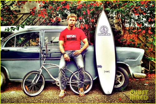 Ryan Kwanten's Mambo Ad Campaign - FIRST LOOK!