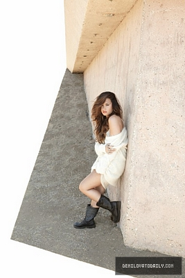 unbroken photoshoot demetriadlovato100 photo 28112220