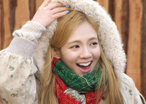 S♥NEISM wallpaper titled hyoyeon Invincible Youth 2