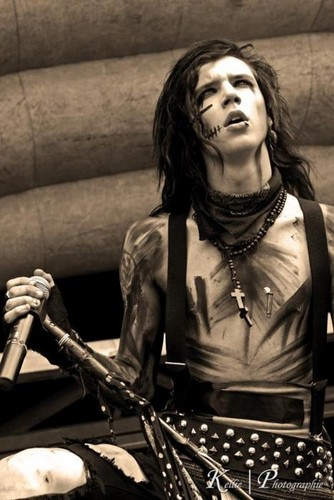 *^*Andy*^*