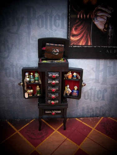 19th দিন Miniatures Master Potions Chest