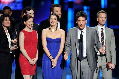 2012 People's Choice Awards - প্রদর্শনী (January 11)