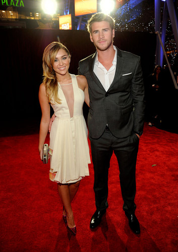 2012 People&#39;s Choice Awards - miley-cyrus Photo