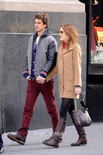 Andrew Garfield and Emma Stone karatasi la kupamba ukuta probably with a hip boot, a business suit, and an outerwear entitled A&E in NY