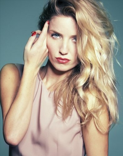 Annabelle Wallis 照片 Sessions