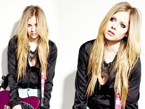 Avril Lavigne karatasi la kupamba ukuta containing a portrait called Avril Lavigne