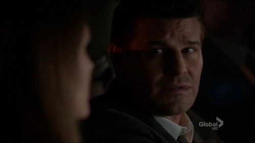 Booth&amp;Bones - 7x06 - The Crack in the Code - booth-and-bones Screencap