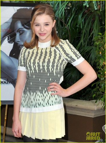Chloe Moretz: AFI Awards 2012 Red Carpet
