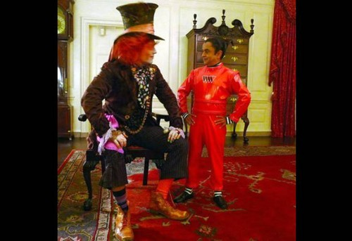 Hallowen with Obama - alice-in-wonderland-2010 Photo