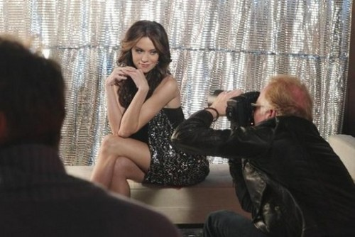 Hilarie バートン On 城 Tv series episode 4x13 promos