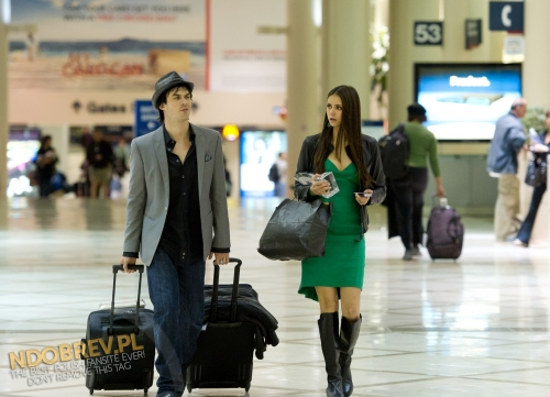 Ian Leaving the People's Choice Awards at LAX
