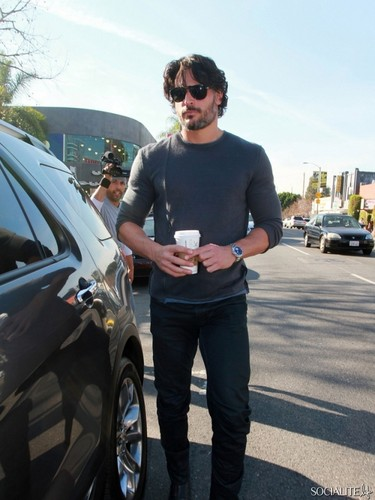 Joe Manganiello Picks Up Some Coffee At starbucks