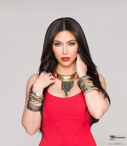 Kim Kardashian wallpaper called Kardashian Kollection Jewelry
