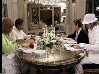 Lisa Marie Presley fond d'écran possibly containing a dîner table, a holiday dinner, and a dining room called Lisa on Oprah (2006,Graceland tour)