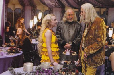 Luna with father and Ginny
