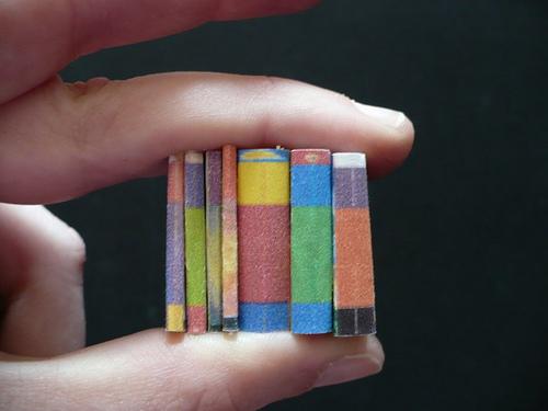 Mini पुस्तकें