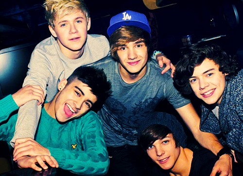 One Direction :))
