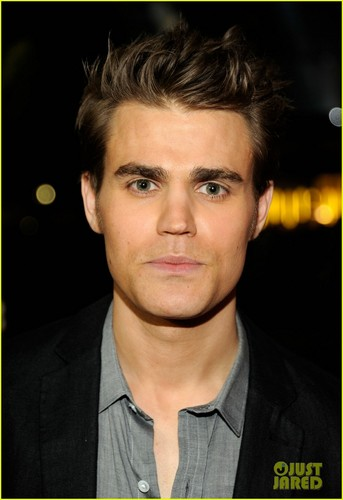Paul Wesley - People's Choice Awards 2012 Red Carpet