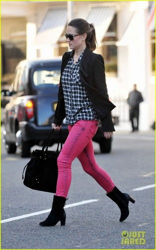 Pippa Middleton: Fashion vers l'avant, vers l'avant in London!