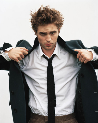 Robert Pattinson hình nền containing a business suit called Rob HQ