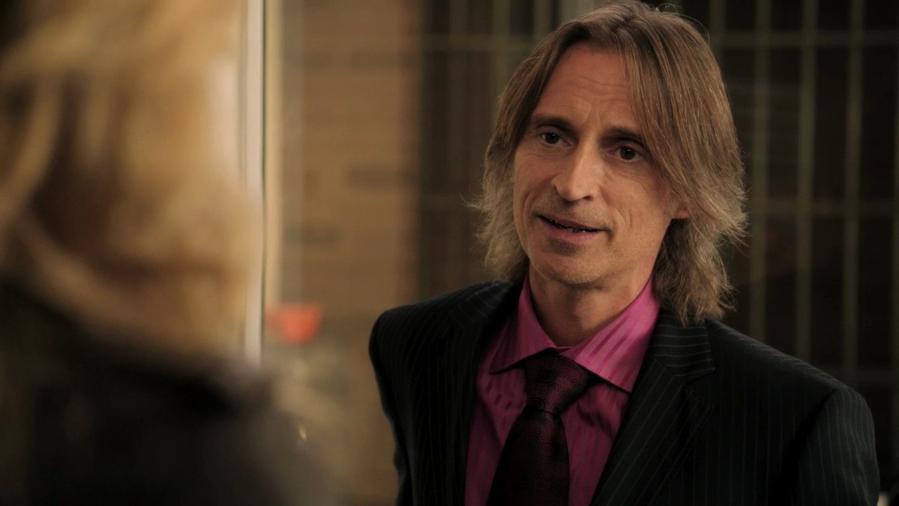http://images5.fanpop.com/image/photos/28200000/Rumpelstiltskin-Mr-Gold-1x08-Desperate-Souls-rumpelstiltskin-mr-gold-28211007-1280-720.jpg