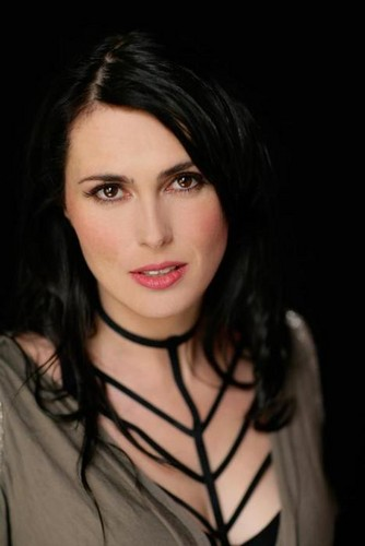 Sharon - sharon-den-adel Photo
