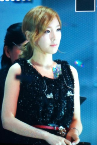 Taeyeon @ Dramatic Live Athena концерт