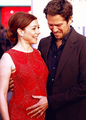 That's love &lt;3 - alyson-hannigan photo