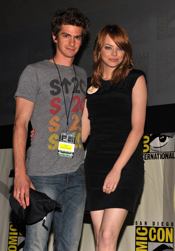 Andrew Гарфилд and Emma Stone Обои entitled The Amazing Spider-Man Comic Con